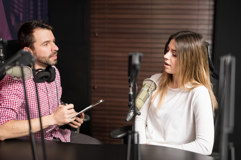 How To Conduct a Podcast Interview